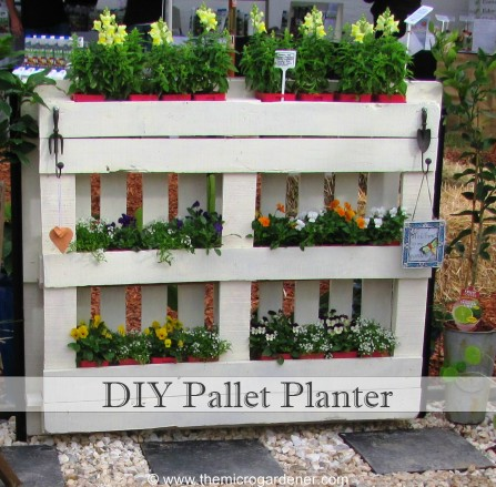 19 wonderful diy garden planters from pallets for Planters made out of pallets