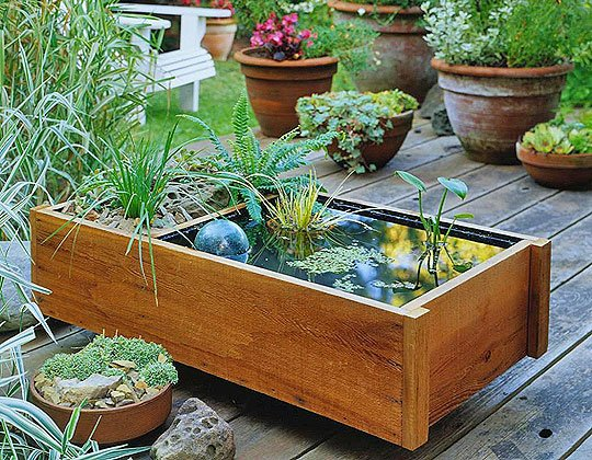20 impressive diy water feature and garden pond ideas for Build your own outdoor water fountain